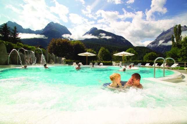 Wellnessen im Thermalbad von Scuol